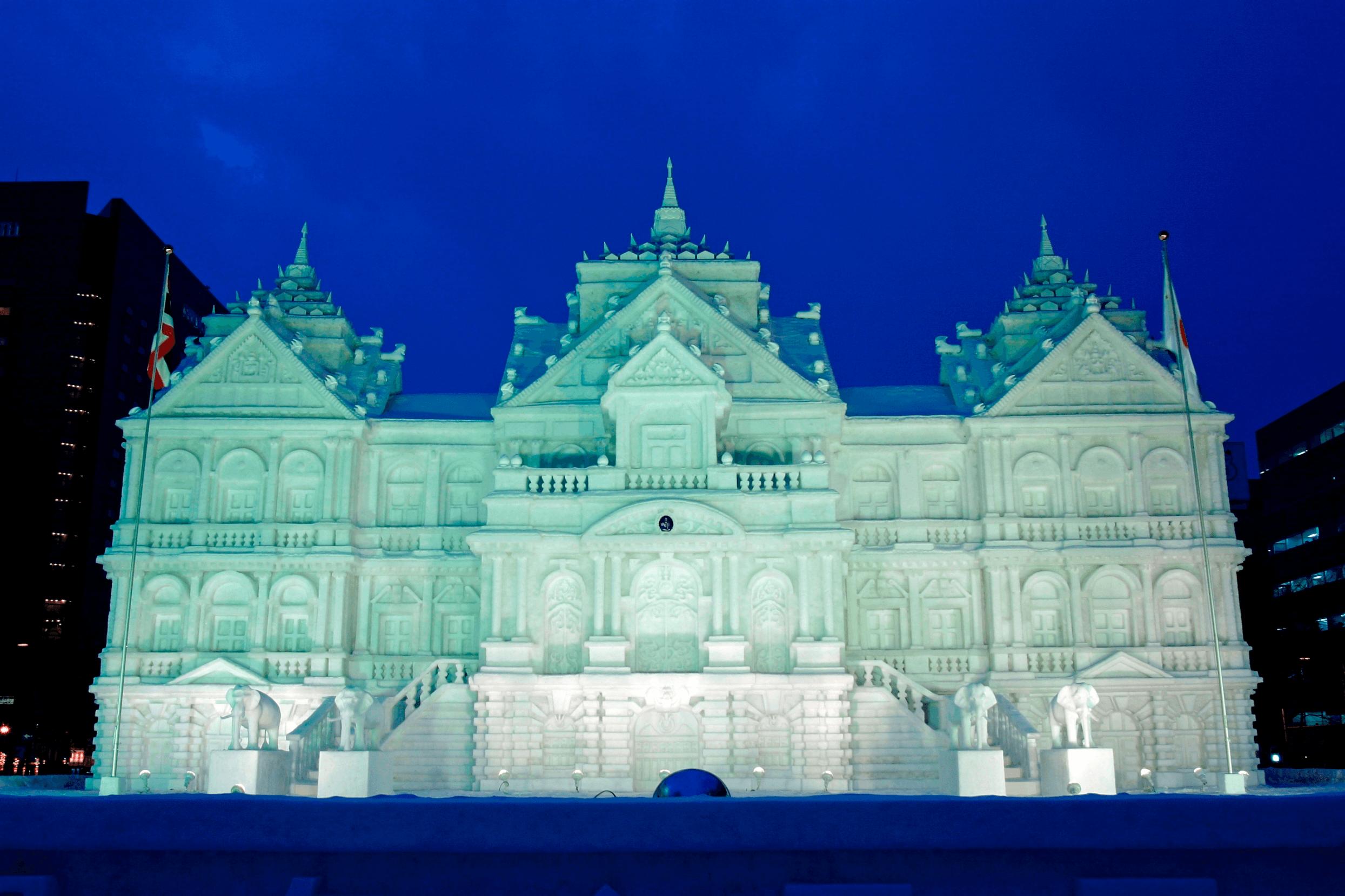雪でつくられたお城